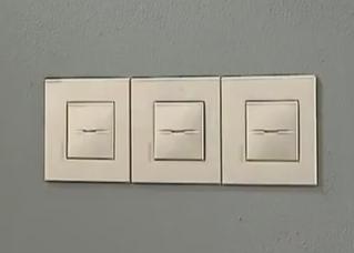 外国电工如何家装| 开关插座的并排安装